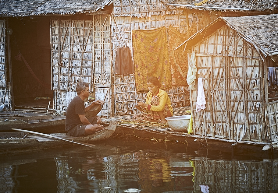Life Living on the Water Cambodia